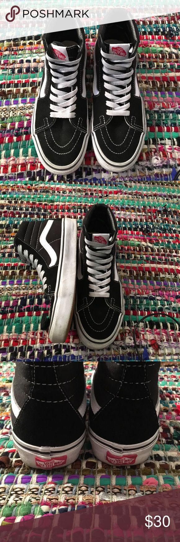 Sk8 hi vans High top vans! Not worn very often and in really great condition!! Vans Shoes Sneakers