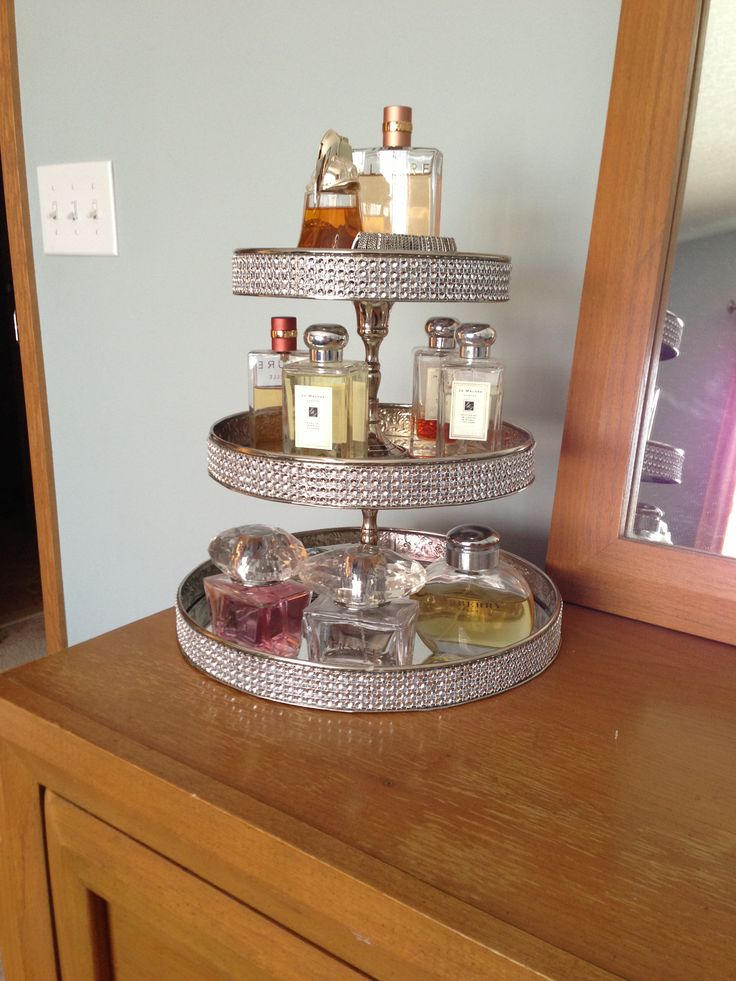 1000 ideas about perfume storage on pinterest perfume display dresser top and perfume. Black Bedroom Furniture Sets. Home Design Ideas