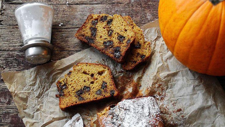 Ukens matblogg: Saftig gresskarkake med mørk sjokolade