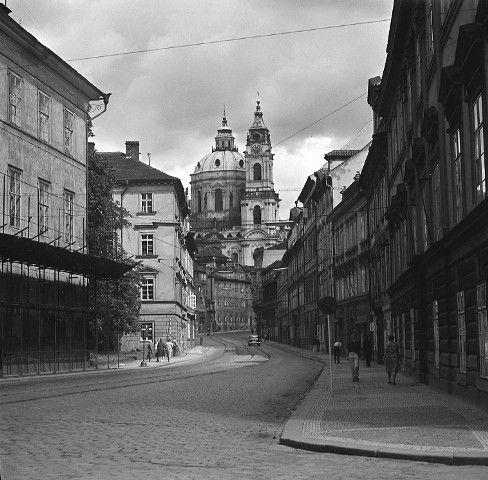 Chrám sv.Mikuláše (4666-2), Praha, srpen 1966