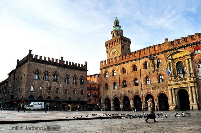 Piazza Maggiore, via Flickr.