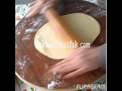 Piserken Üzerine Su Dökülen Börek  ( Yalancı Su Böreği ) - YouTube