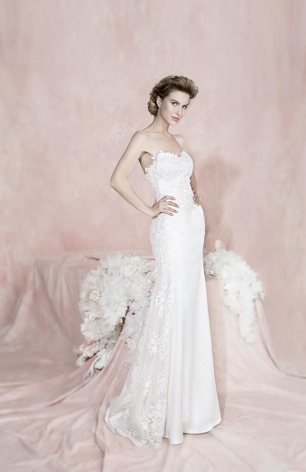 Fiorinda le spose di Carlo Pignatelli 2016. #carlopignatelli #sposa #bride #weddingdress #bridalgown #weddingday #matrimonio