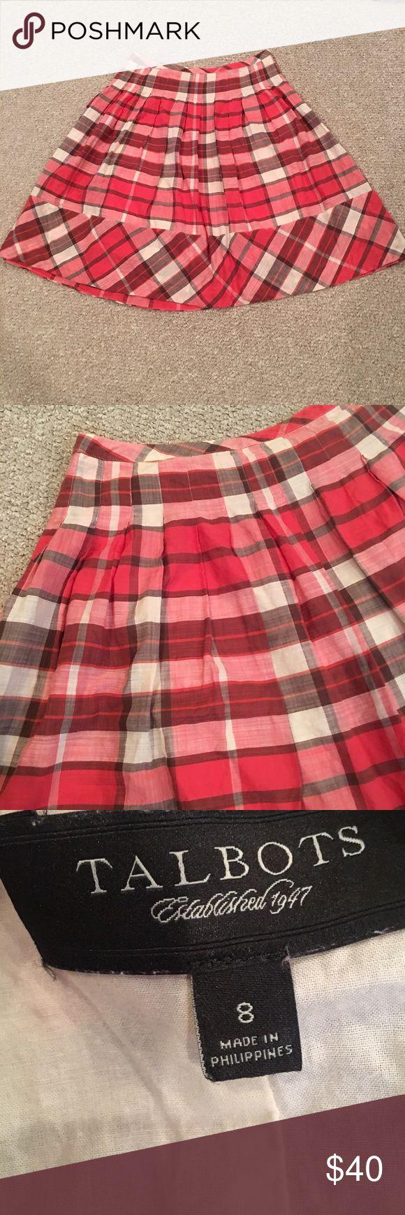 Talbots Red Plaid Pleated Skirt Adorable Round Pleated Plaid Skirt with side Zipper. Talbots Skirts Midi