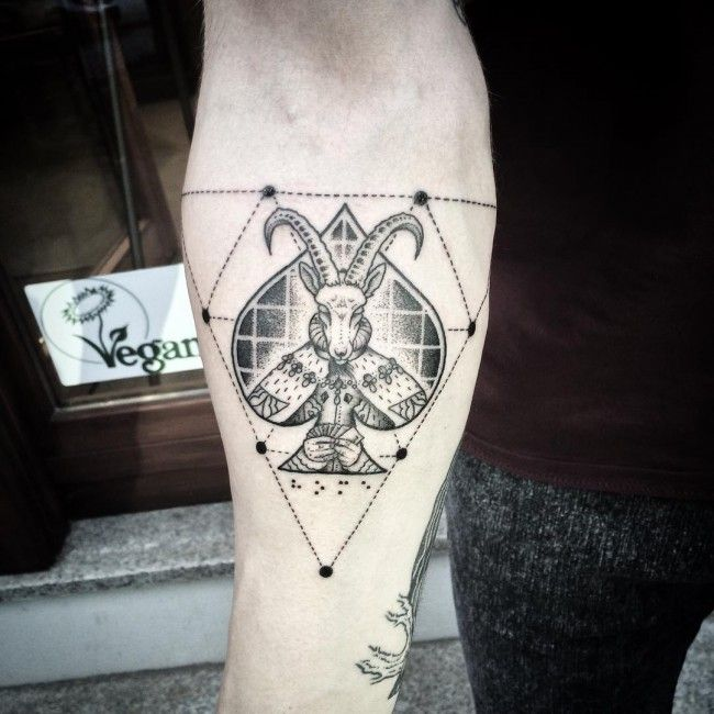 39 exemples de tatouage du signe du capricorne - 3