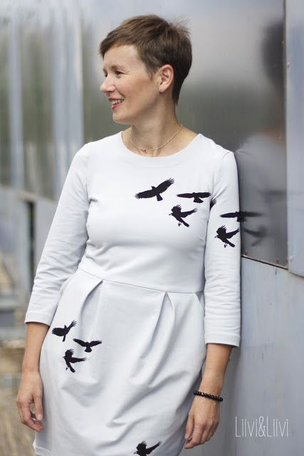Kleid Chloe - Pattydoo  'All animals are equal' -  Bio French Terry crows - Chat Chocolat  http://www.liiviundliivi.com/2017/10/all-animals-are-equal-blogtour.html