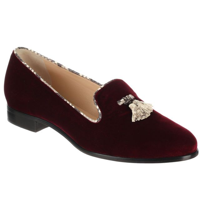 Slippers mocassins en velours de cuir et python Alexandre Birman, cliquez sur l'image pour shopper #bazarchic #mocassins #shoes #slippers #chaussures #velours #cuir #leather #python #fashion #mode #bordeaux