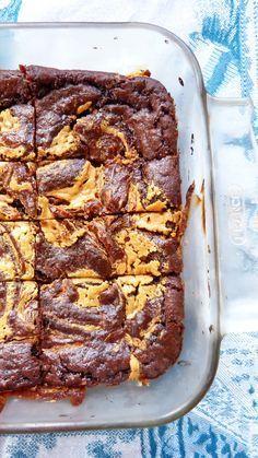 Brownies légers au cacao et beurre de cacahuètes                                                                                                                                                      Plus