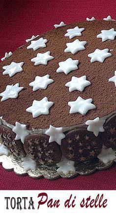 Una delle migliori ricette per fare la torta pan di stelle con i biscotti del mulino bianco, la nutella, la panna, il cacao e tante stelle di zucchero