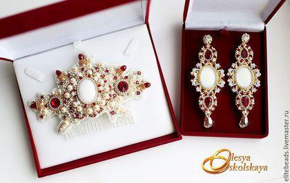 Купить №137 - Свадебный гребень ROYAL GARNET/ Королевский гранат - серебряный, золотой, жемчуг