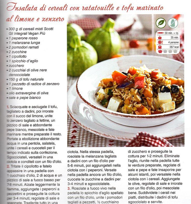 Insalata di cereali con verdure e tofu marinato al limone e zenzero