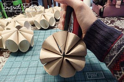 toilet paper roll craft- spring flowers