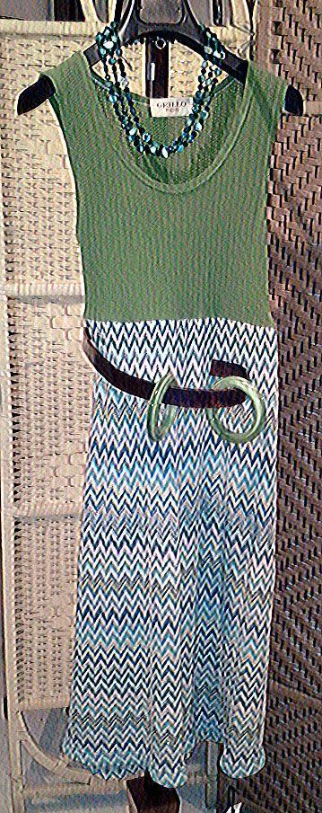 """collana in verde abito sartoria """"GRILLO TORINO"""" braccialetti in resina"""