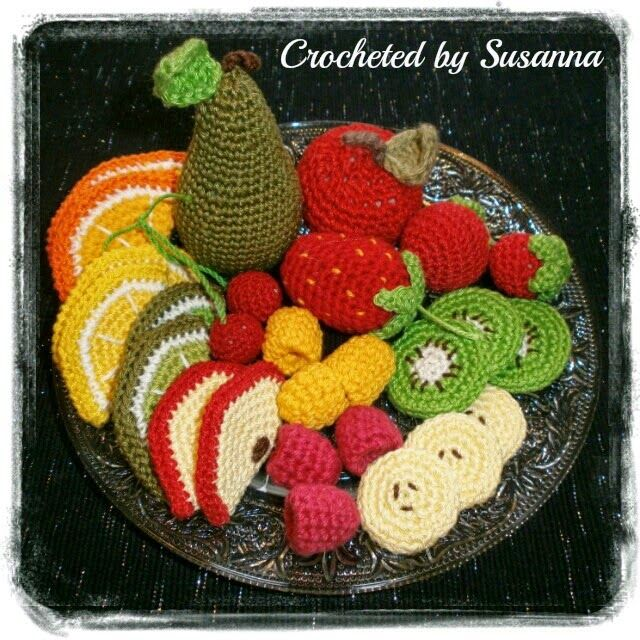 Crocheted Fruit - Virkad Frukt - Crocheted by Susanna