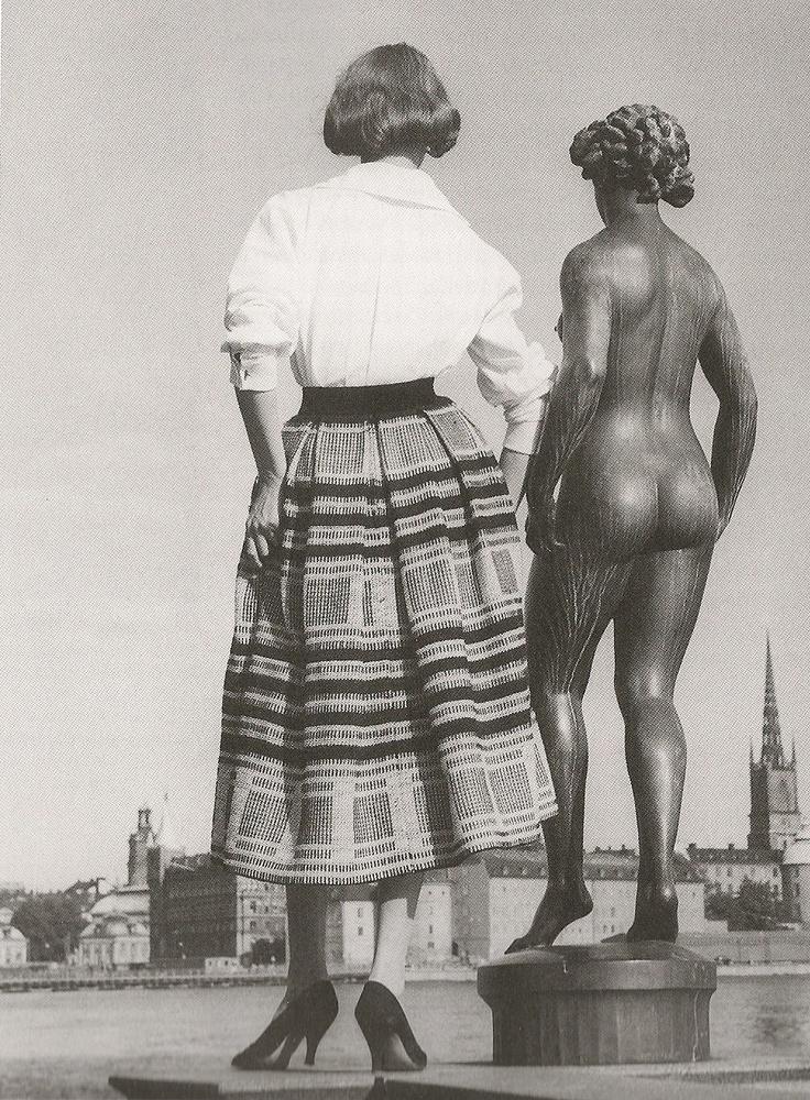 Grevinnan Ebba von Eckermann inledde, tillsammans med Katja of Sweden, det svenska modeundret på 1950-talet med sina Ripsakjolar gjorda av filtar.