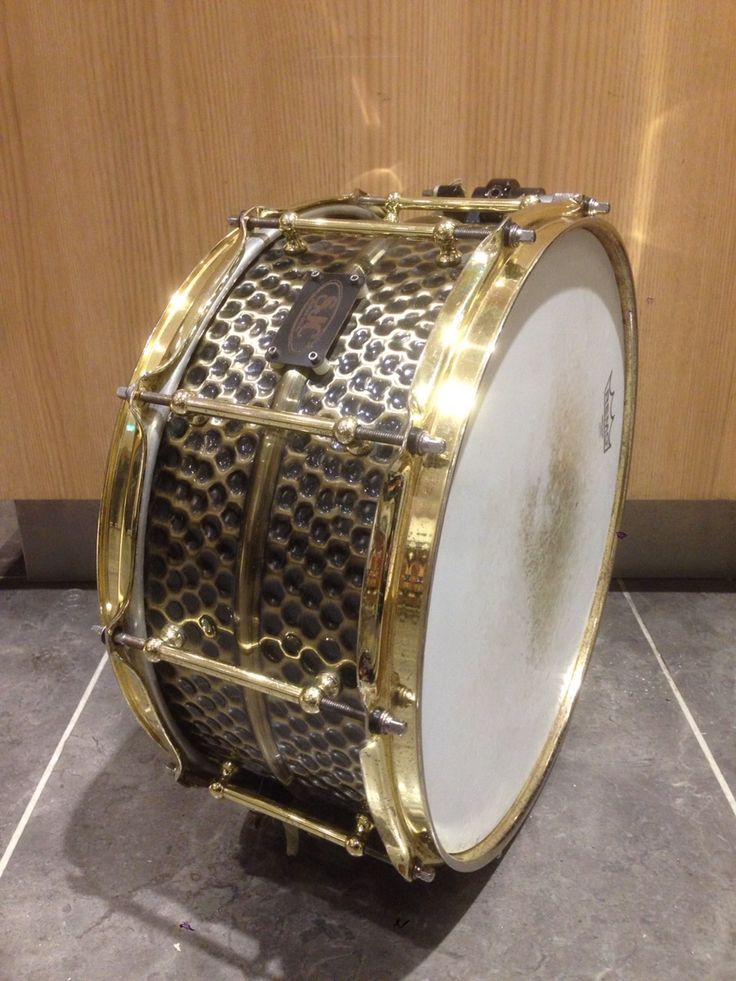 SJC Custom Drums Custom series Hammerd Brass 14×6.5 全てに於いて高いクオリティを有した、世界初のブライエッジスネア!サウンドスタジオノア新宿店 03-5332-8366 #drum #music #studionoah #ドラム #スネア #SJC