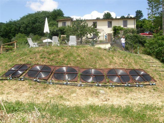 Best 25 pool solar panels ideas on pinterest solar water heater cost diy solar pool heater for Swimming pool solar panels for sale