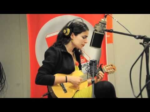 Yael Naim - Umbrella (Live bei Radio Hamburg) - YouTube