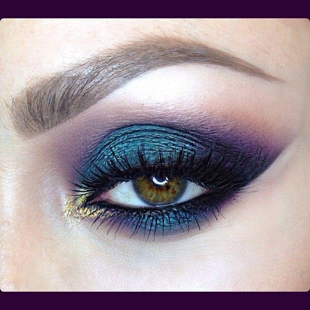 smokey peacock eyeshadow