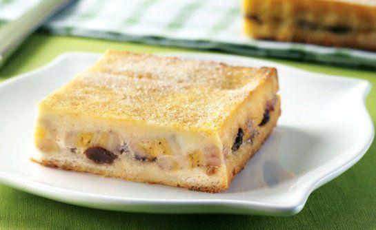Receita De Torta De Banana Com Pão De Forma. Veja agora mesmo como é fácil e como fica uma deliciosa essa receita de torta de banana com pão de forma.