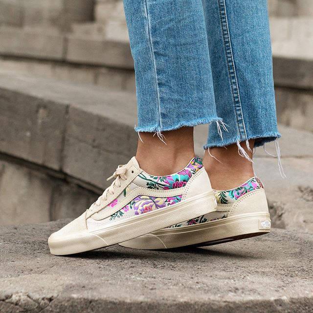 vans chaussure fleuri