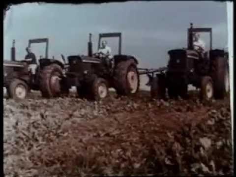 ▶ John Deere 2030 2130 3130 Tractor - YouTube