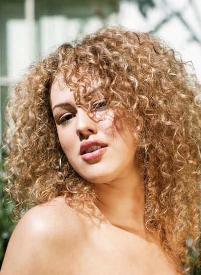 Perm With Very Tight Curls Medium Hair Styles Gorgeous