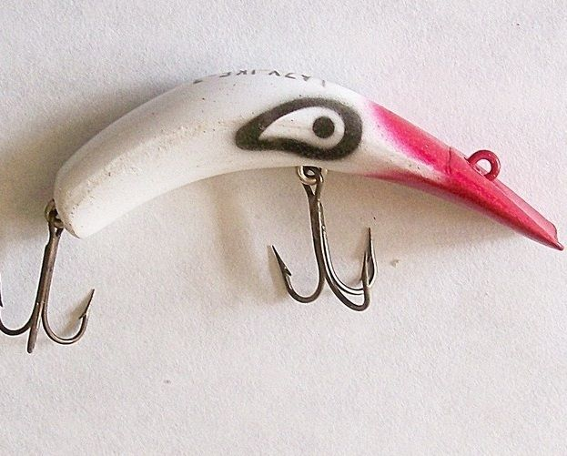 54 best it 39 s a trap images on pinterest admiral ackbar for Funny fishing lures