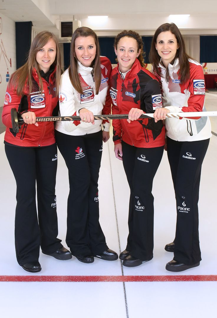 2017 World Women's Curling Champions: Rachel Homan, Emma Miskew, Joanne Courtney and Lisa Weagle.