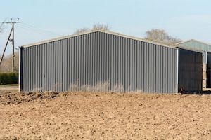 "When you hear the phrase ""cheap metal buildings,"" high quality isn't the first thing that comes to mind. However, when... Read more... The post What Should I Know about Cheap Metal Buildings before I Invest in One for My Farm? appeared first on Peak Steel."