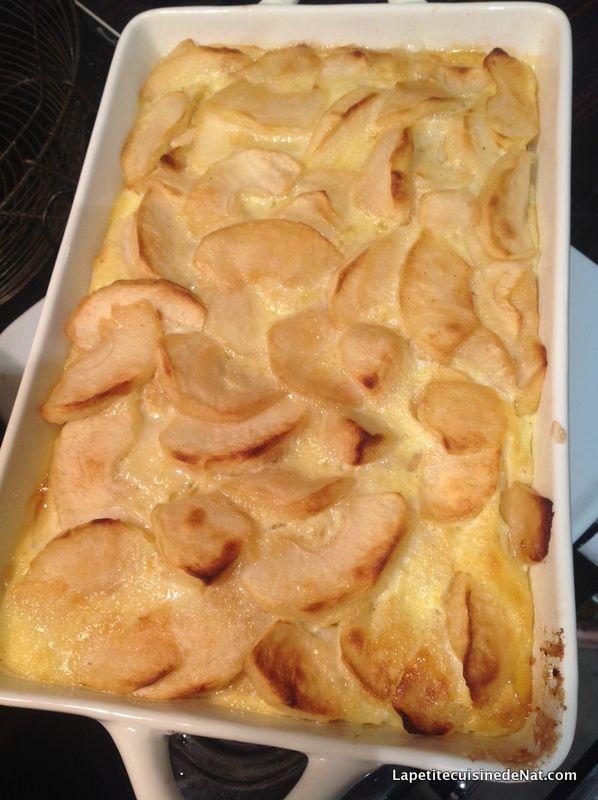 Le gratin de pommes : facile, bon, rapide, tout ce que j'aime émoticône smile Un dessert economique et de saison, prêt en un rien de temps ça ne se refuse pas ! 2 œufs 1 cuillère à soupe de farine 3 cuillère à soupe de sucre 2 verres de lait 4 ou 5 pommes...