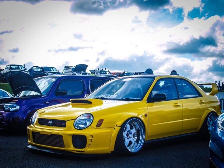 Stunning stanced Bugeye Impreza Sti (....those wheels though....)