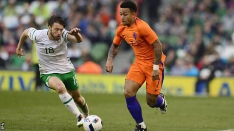 Euro 2016: Republic of Ireland midfielder Harry Arter out