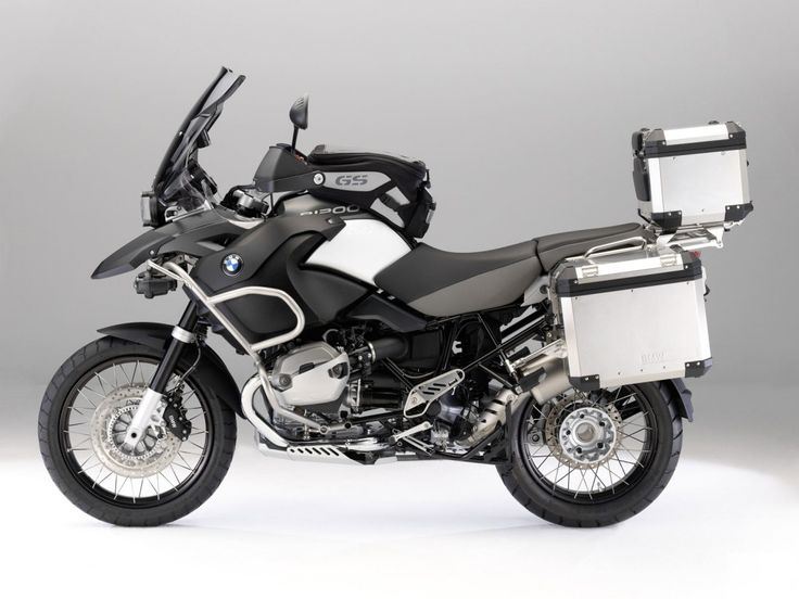Bici e moto - Sfondi Desktop gratis: http://wallpapic.it/trasporto/bici-e-moto/wallpaper-14332