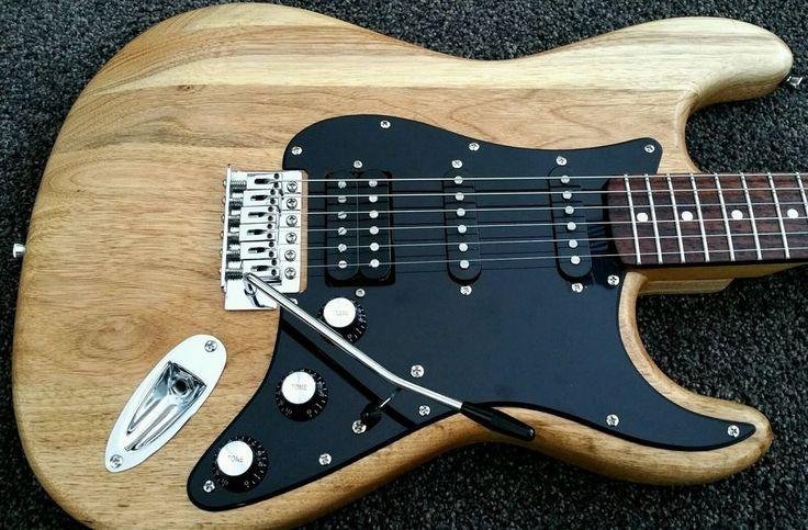 Fender Squier SE Custom Stratocaster HSS Electric Guitar  Fat Strat