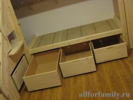 двухъярусная кровать из дерева своими руками: ящики на роликах под нижней кроватью