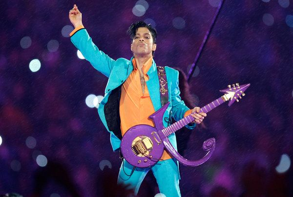 Artists We Lost in 2016 - Prince - singer song writer