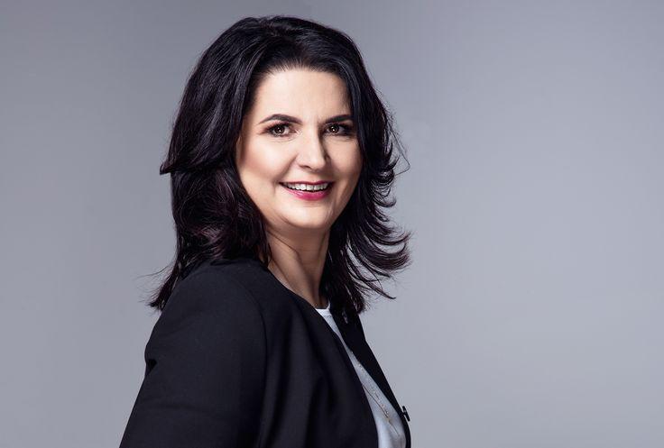 Anna Baran - Właścicielka i Prezes Zarządu PP-Duo Sp. z o.o. w Bydgoszczy, specjalizującej się w produkcji etykiet samoprzylepnych termicznych, termotransferowych, foliowych i specjalistycznych. http://ladybusiness.pl/czlonkinie/anna-baran/