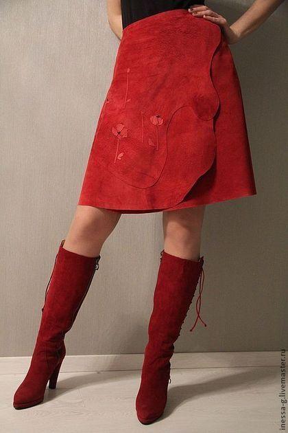 """Юбки ручной работы. Ярмарка Мастеров - ручная работа. Купить Замшевая юбка """"Маки"""". Handmade. Ярко-красный, авторское изделие"""