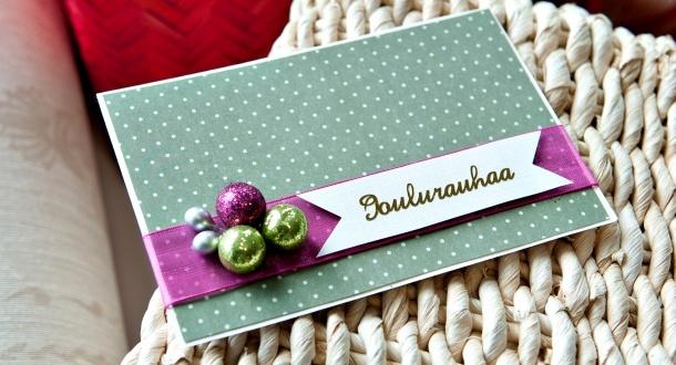 Glitterpalloinen joulukortti