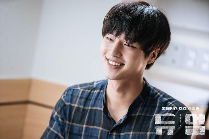 i'm become fan of yang sejong <3