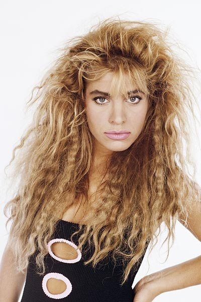 Crimped 80s hair.... I loved this!!! I always wanted crimpers but I was too young