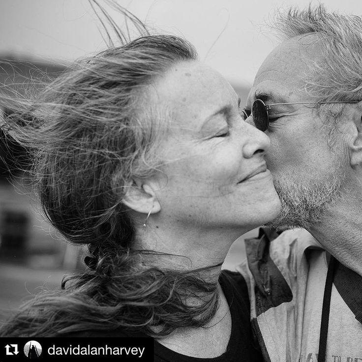 крупный портрет пары, чувства