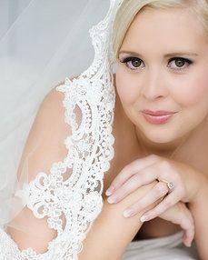 Airbrush Makeup artist and Hairstylist Lauren Veling, Velbella Airbrush Makeup, Brisbane, Mobile