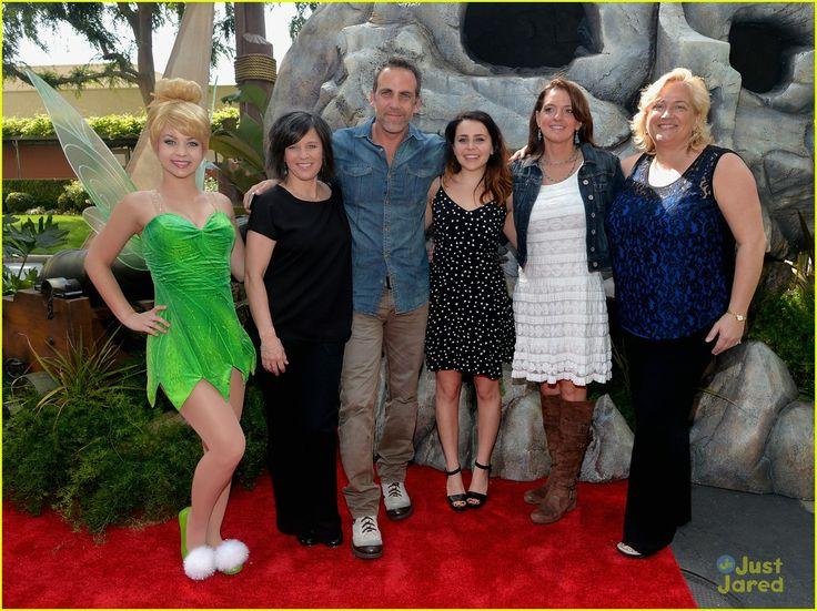 Mae Whitman Premieres 'The Pirate Fairy' with Tinker Bell & Rowan Blanchard! | mae whitman rowan blanchard pirate fairy premiere 08 - Photo Gallery | Just Jared Jr.