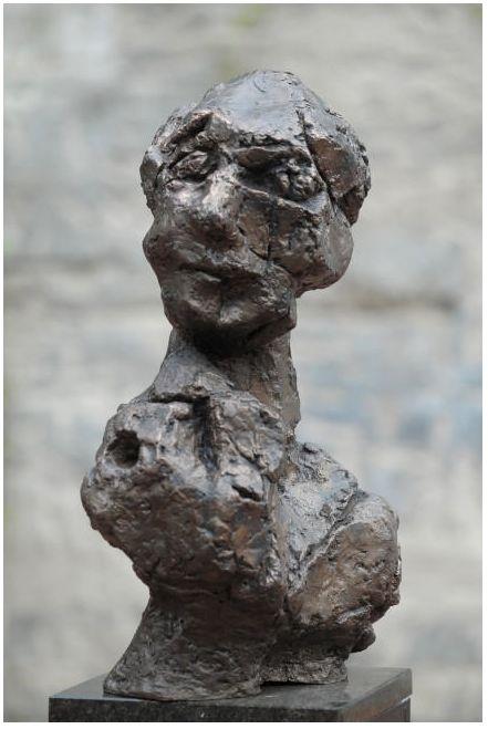 wanda czełkowska, portret imaginacyjny I, brąz