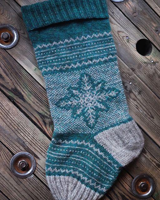 Ravelry: Snowy Holidays pattern by Ellissa Gilbert