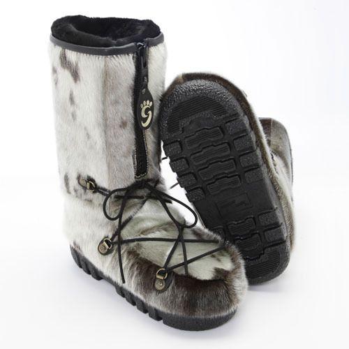 Bottes d'hiver en #fourrure de loup marin naturel / Natural seal #fur #winter boots! #madeincanada