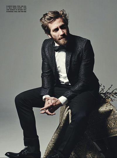 Jake Gyllenhaal Looks Handsome For 'L'Uomo Vogue'