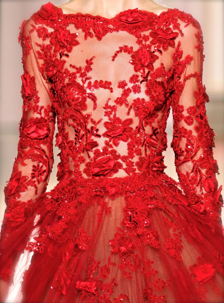 Zuhair Murad, model, runway, haute couture, couture, fashion, high fashion, Paris Fashion Week, fashion week, lace, sequins, crystals, chiffon, tulle, roses, petals, gemstones, sheer, detail, embroidery, Zuhair Murad Couture, couturier, atelier, fashion designer, princess, fairy tale, Fall 2012,